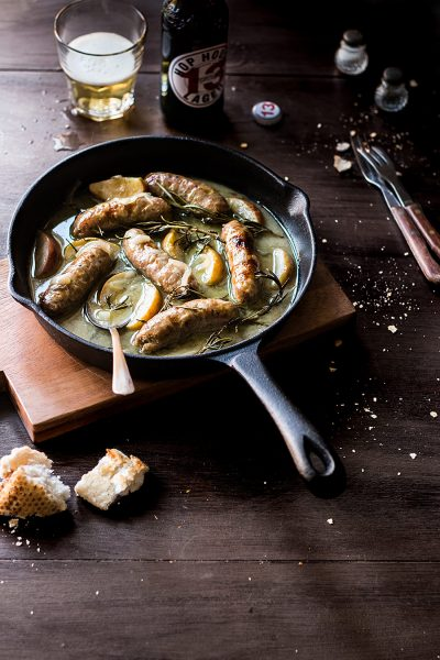 SAUSAGES BRAISED IN CIDER AND APPLE